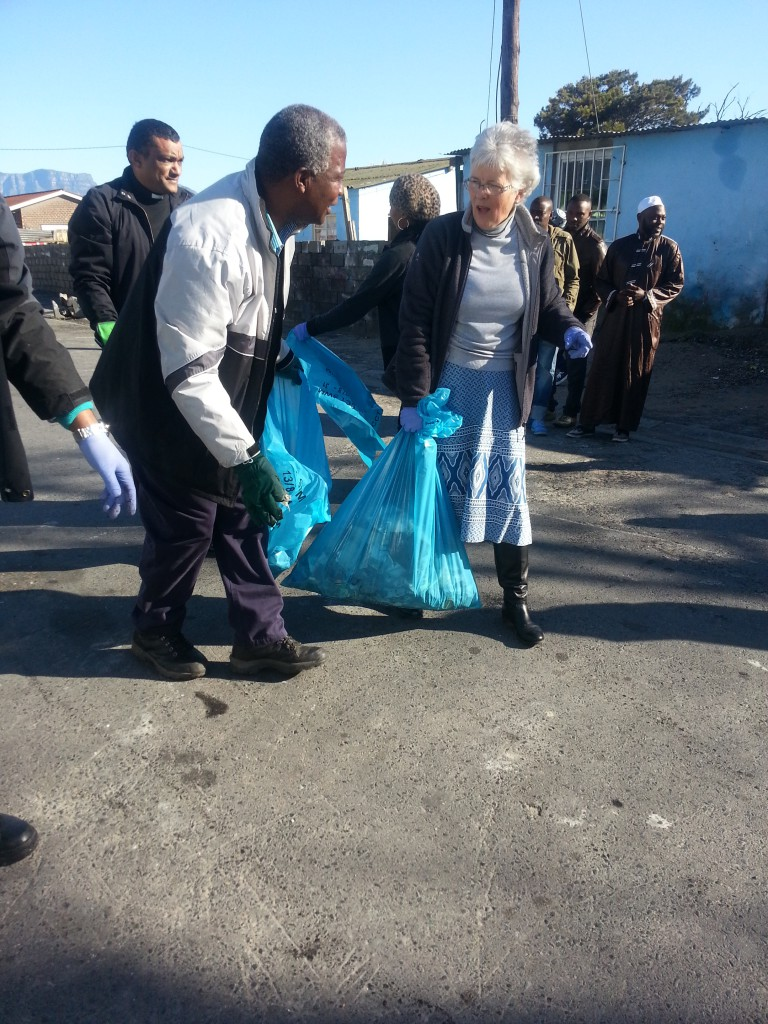 Mandela Day, 67 minutes clean-up in Nyanga