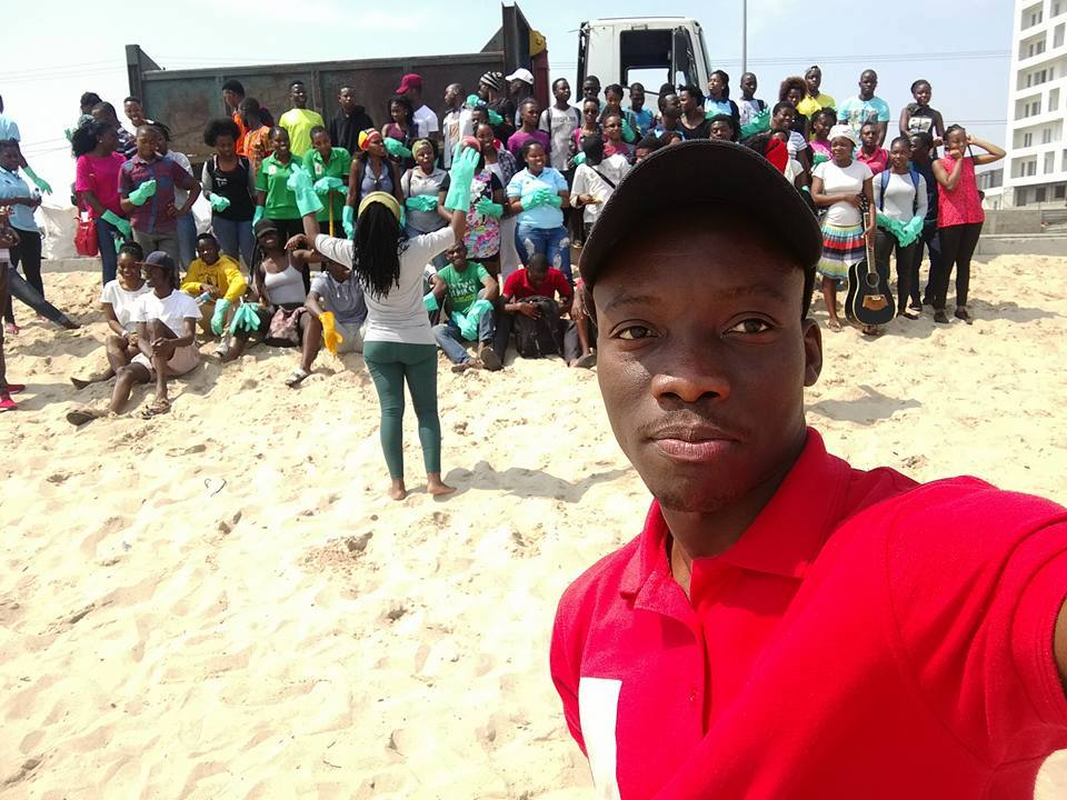 Young Anglicans of the Diocese of Libombos clean up Maputo