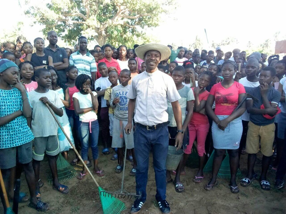 Beach Clean up for World Environment Day