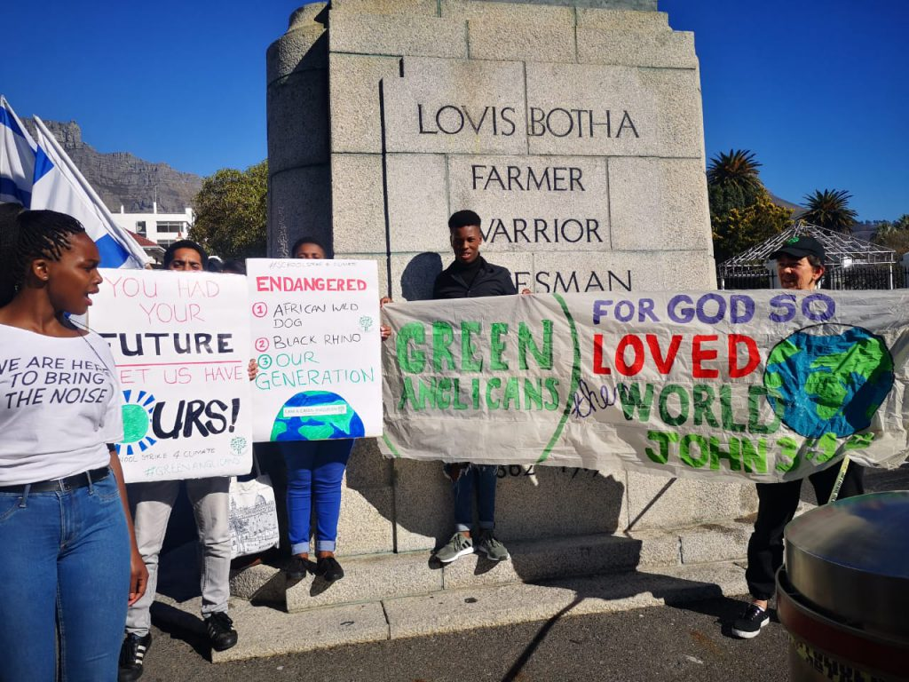South African Youth rise up demanding Climate Change education